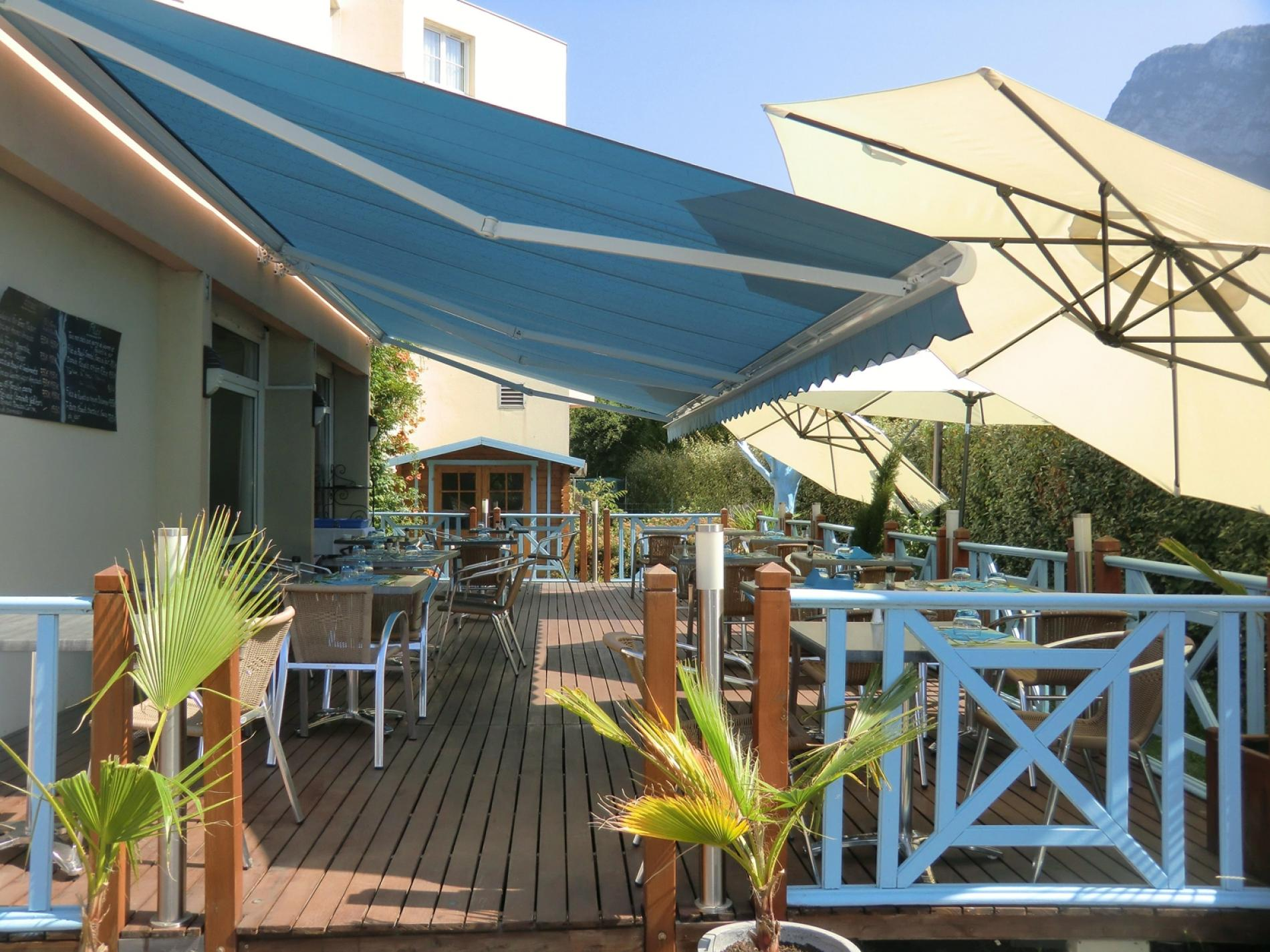 Hotel restaurant with swimming pool Grenoble Nord
