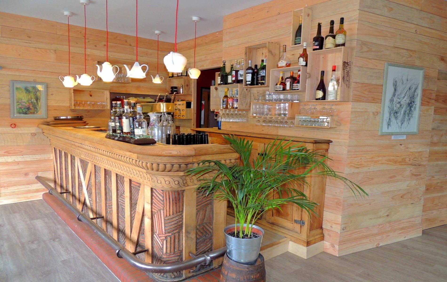 Logis Hôtel Restaurant Le Montligeon
