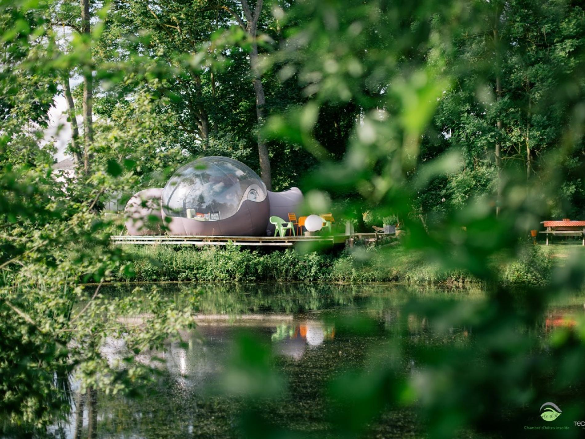The unusual bubble on the riverside with private jacuzzi
