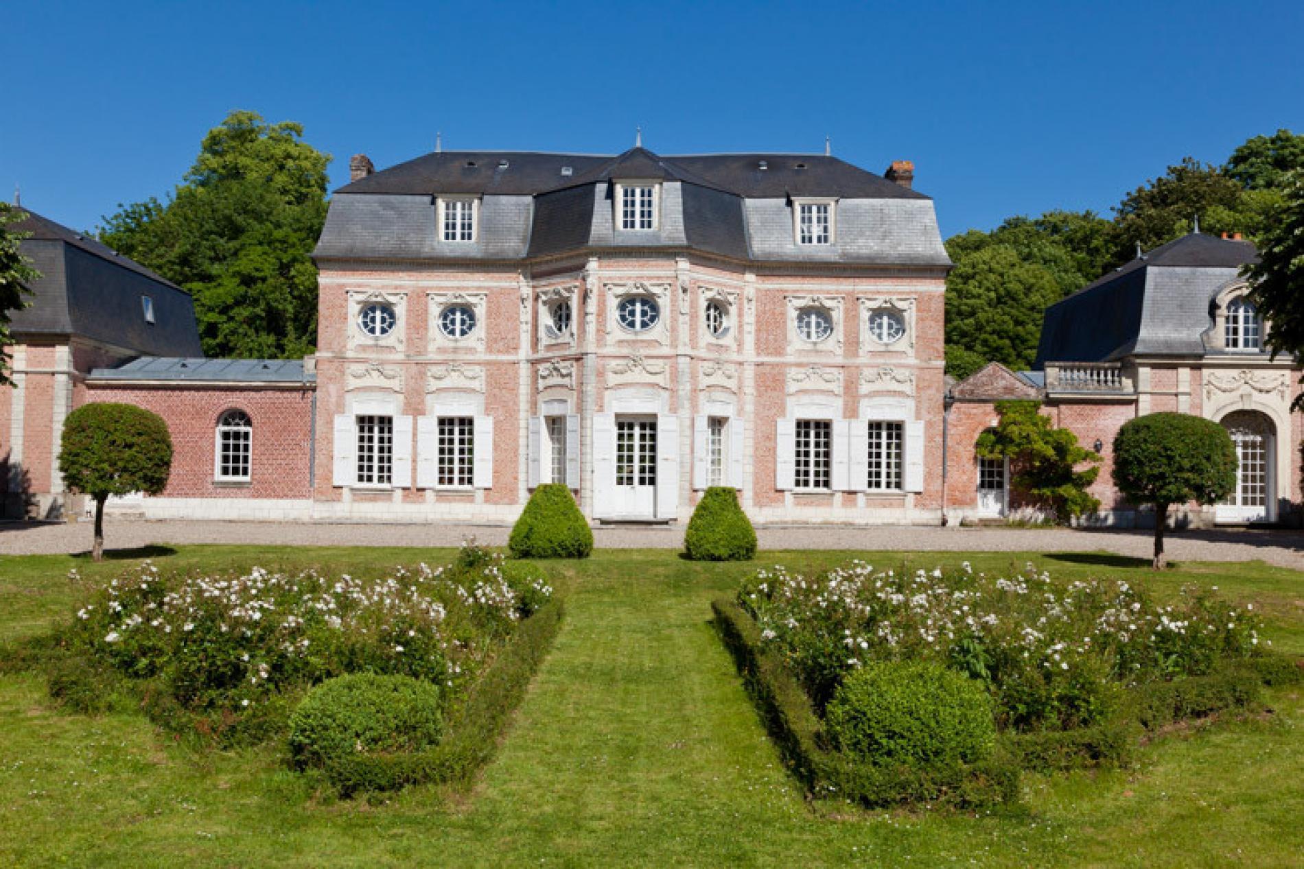 Bagatelle Castle and Garden