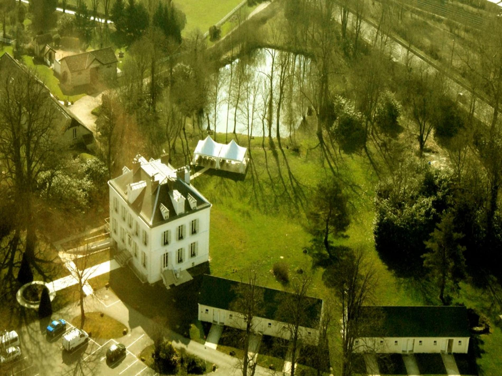 Hôtel Restaurant Terrasse Parc Nangis -  Le Chatel