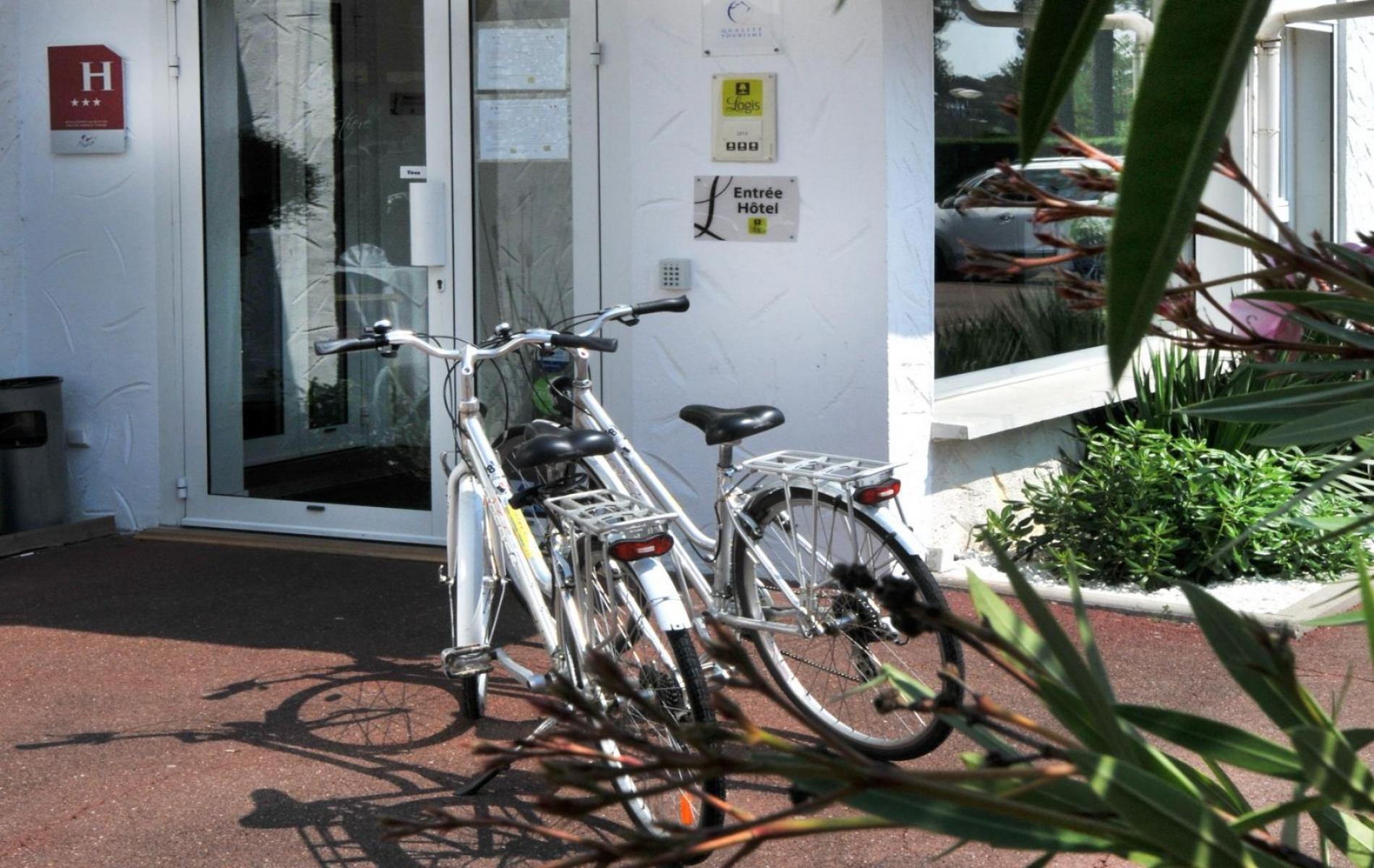 La Vélodyssée passe devant l'hotel