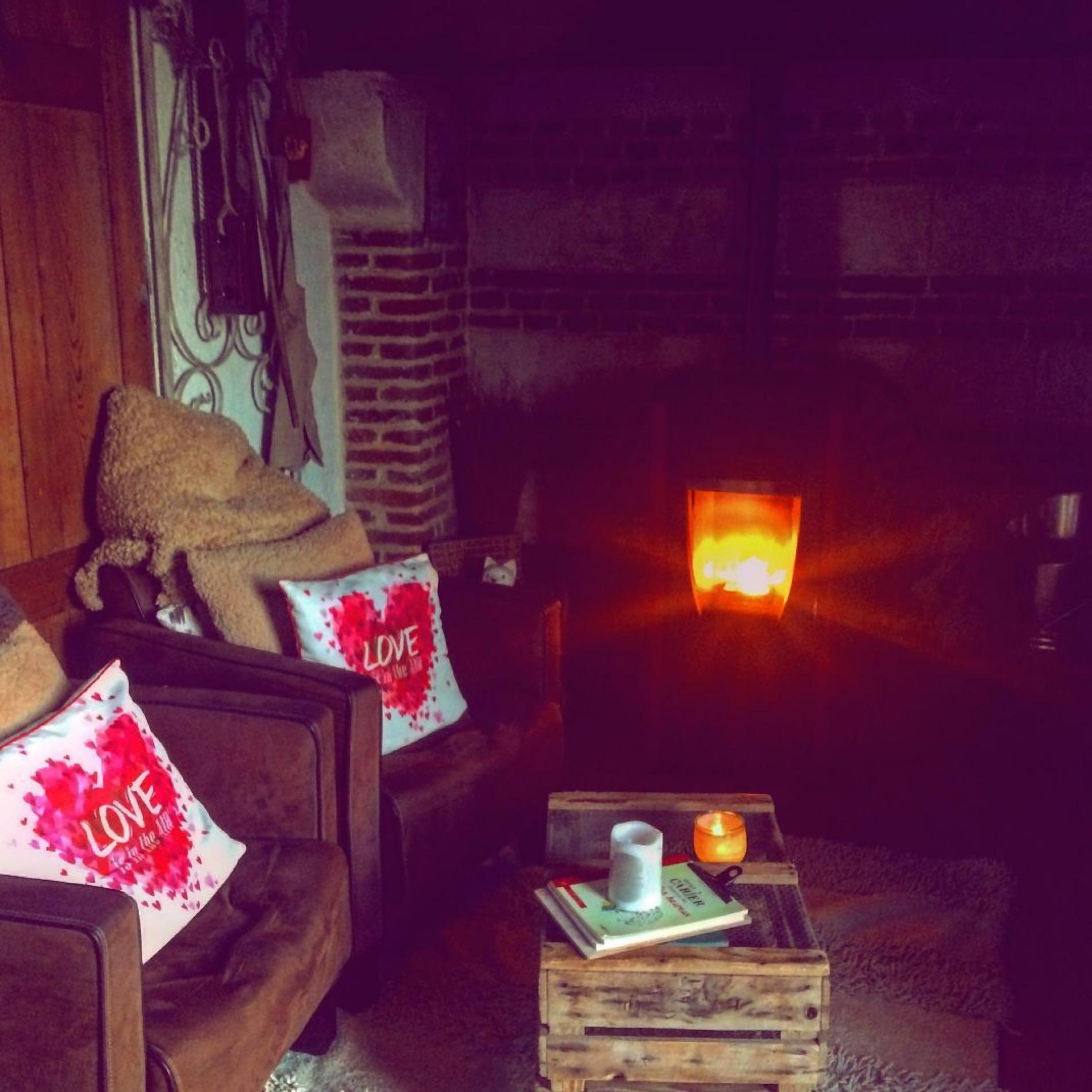 Relax à la petite maison de campagne avec feu de bois